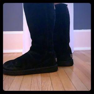 Black UGG zipper back boots size 8